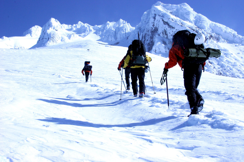 ea382f6e Stormberg har de beste tilbudene på vinterklær. Uslåelige priser på  dunjakker til hele familien og alle venner. Ski, fjelltur, kalde morgener  på ...